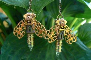 Source: http://www.luulla.com/product/163009/steampunk-earrings---zipper-earrings---firefly-earrings